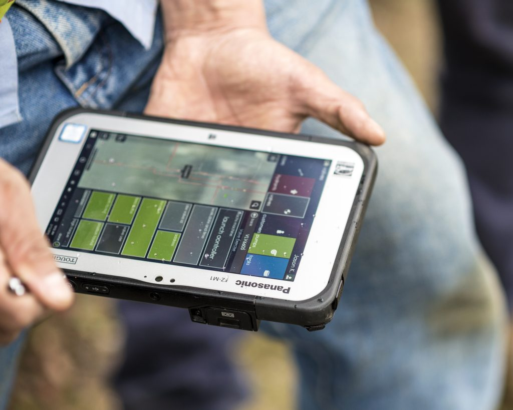 Sedaru Fieldforce connects  mobile field workers with access to mission-critical data and real-time communications 1