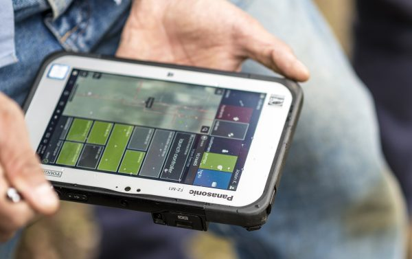 Sedaru Fieldforce connects  mobile field workers with access to mission-critical data and real-time communications 5